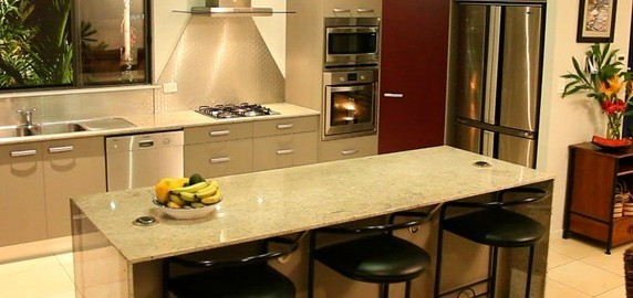 solid surface countertop cost